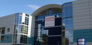 Haupteingang Alltron-Geschäftshaus