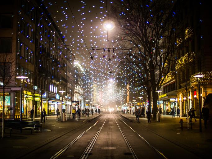 Zürich Weihnachtsbeleuchtung.Lucy Leuchtet Wieder Insidenews