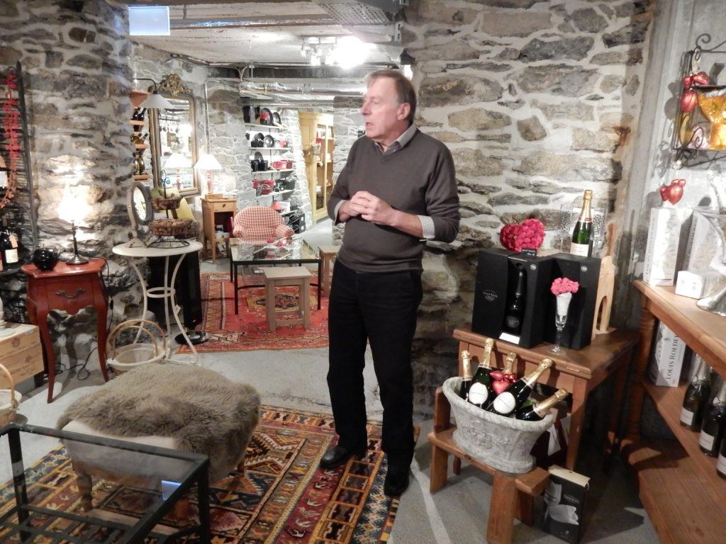 Hotel-Besitzer und -Manager Guido Meyer präsentiert