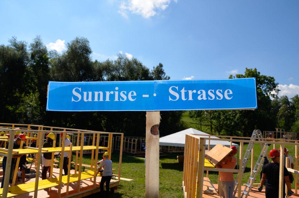 Sunrise-Strasse