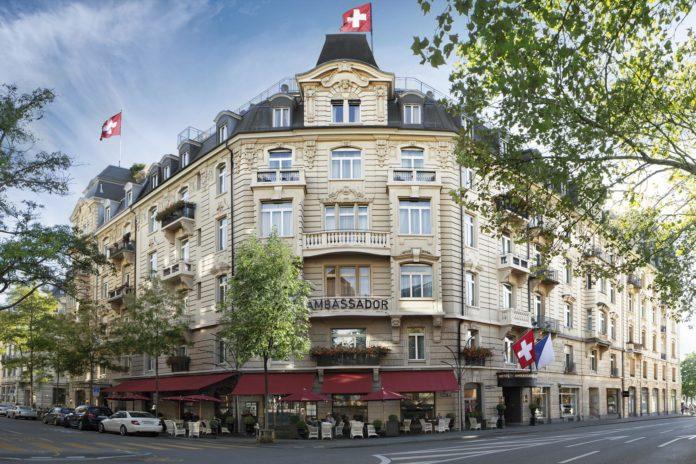 Aussenansicht Hotel Ambassador Zürich.